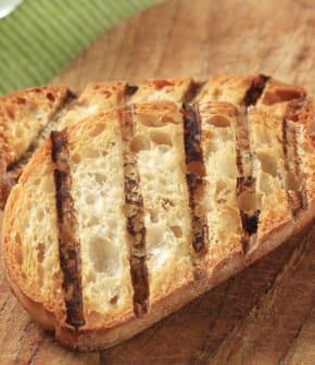 pain aux tomates à la catalane
