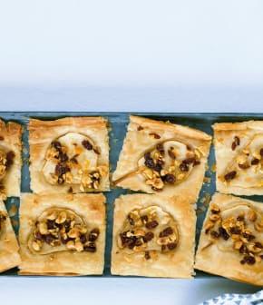 tarte de phyllo aux poires, noisettes, raisins et oranges