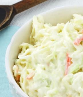 salade de choux et mayonnaise au cari