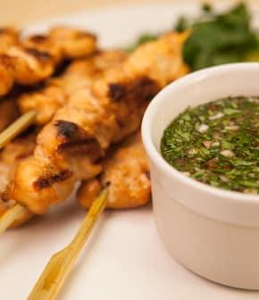 brochettes grillées de poulet à la lime