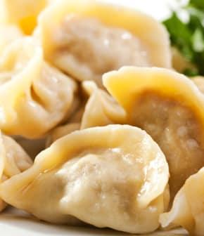 dumplings chinois aux herbes et champignons