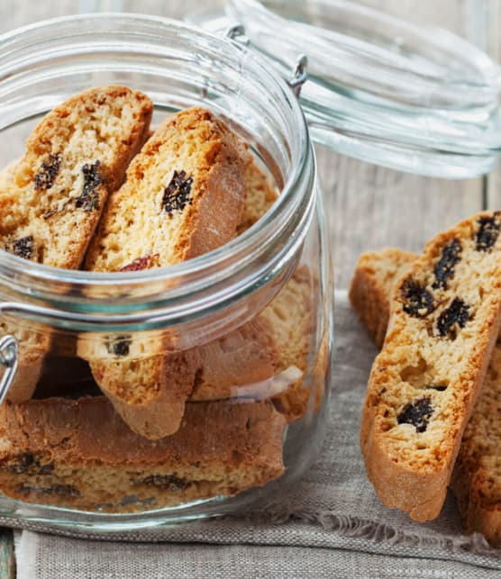biscotti aux bleuets séchés et aux amandes