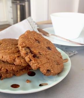 Biscuits déjeuner aux noix et choco noir sans farine