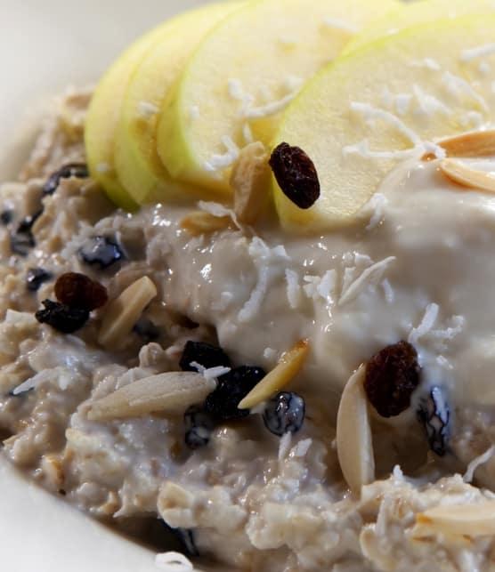 Bircher Muesli nutritif aux pommes