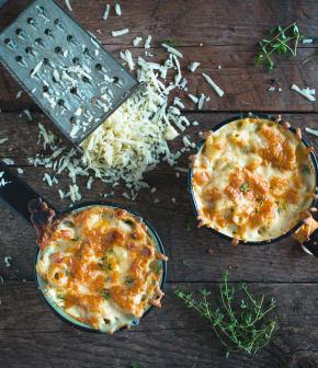 Macaroni au fromage, à la bière et aux herbes salées du Bas-Saint-Laurent