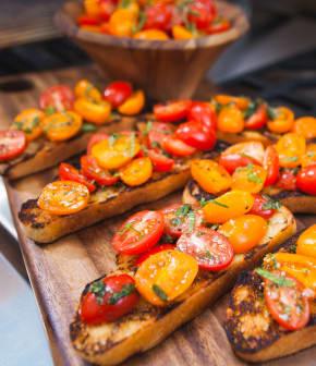 bruschetta aux tomates à la menthe