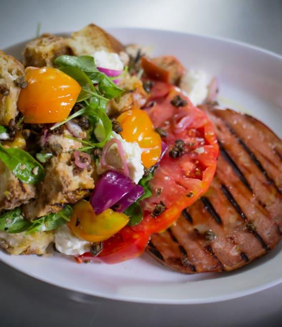 grosse salade de mortadelle grillée et panzanella