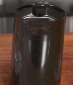 Comment enlever l'odeur d'un moulin à café