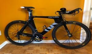 Vélo triathlon ou de contre-la-montre