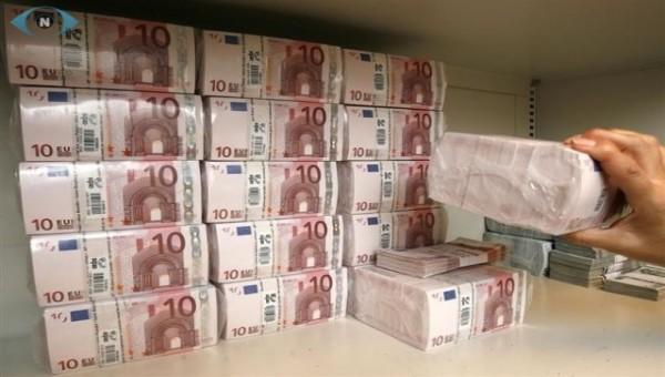 PLUS DE SOUCIS POUR VOS PROBLÈMES  FINANCIERS