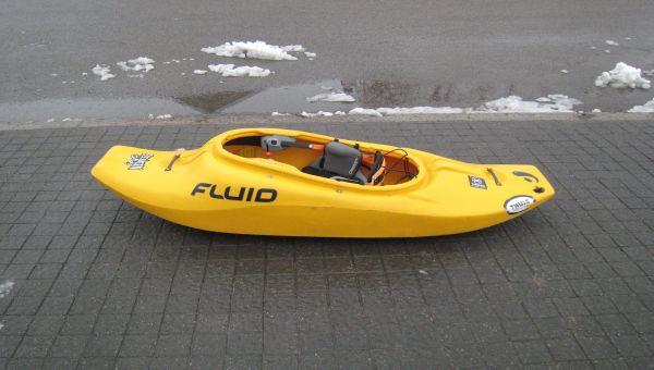 Kayak Nemesis de Fluid avec jupette