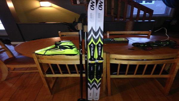 ensemble skis fond skate pour enfant