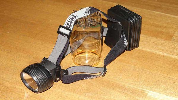 Lampe frontale Petzel Zoom à piles de type