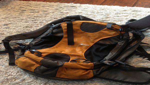 Sac à dos avec poche pour sac d'hydratation