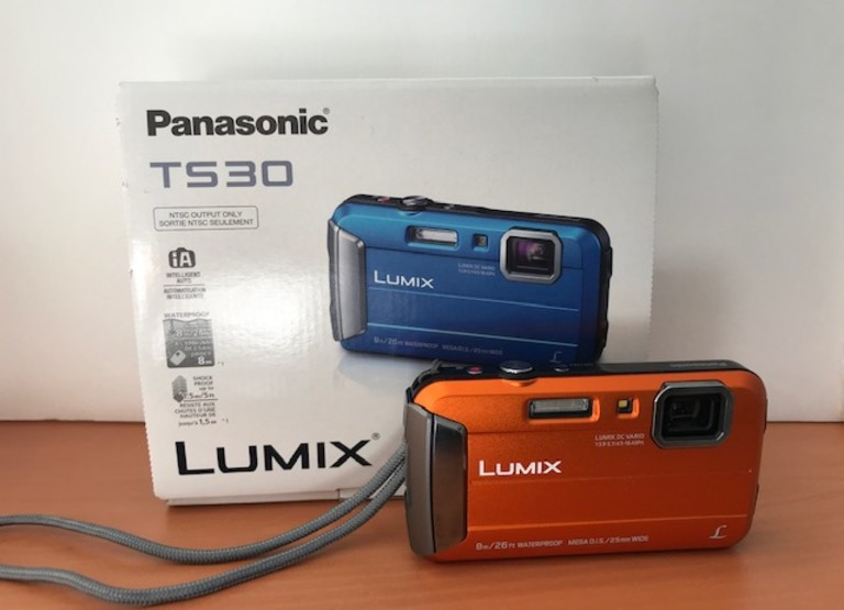 Camera Panasonic Lumix Digitale HD à l'épreuve de l'eau modèle TS30