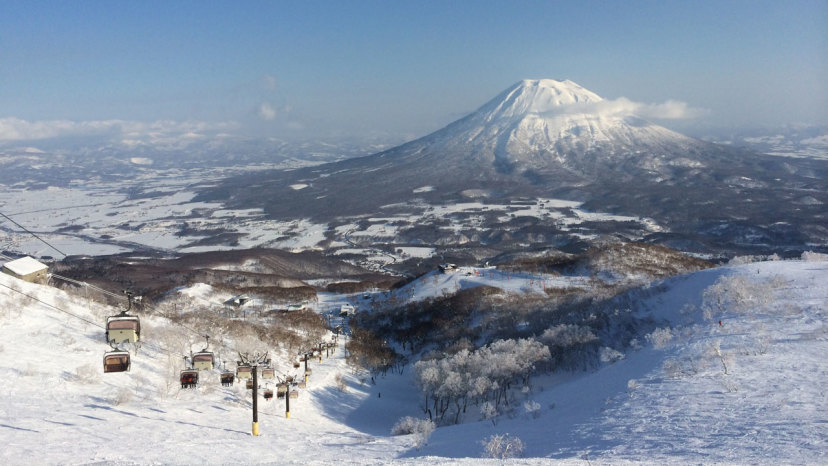 6 stations pour goûter à la poudreuse du Japon