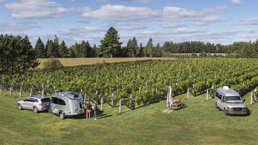 Terego : stationner sa van dans une ferme ou dans un vignoble
