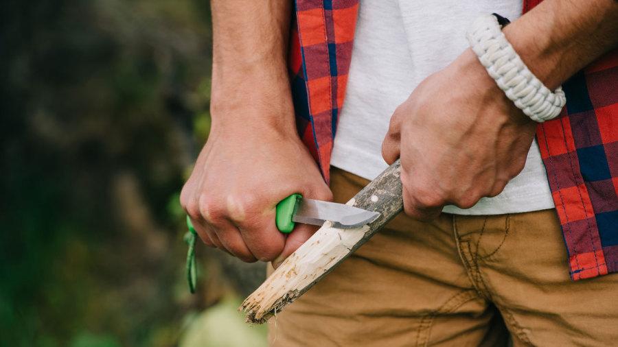 Couteaux de plein air : Pour un choix aiguisé