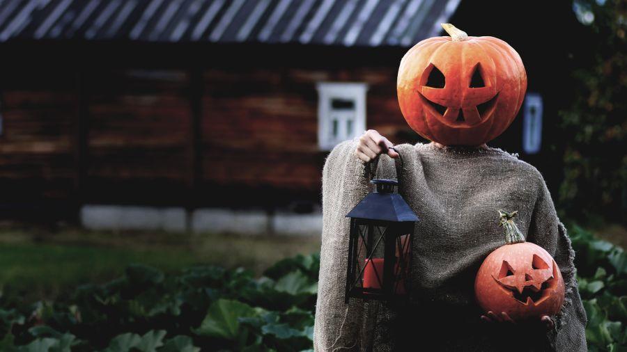 3 costumes d'horreur pour fêter l'Halloween