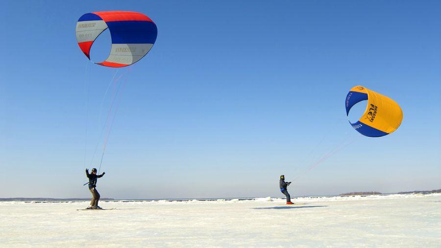 Paraski: skier à l'horizontal