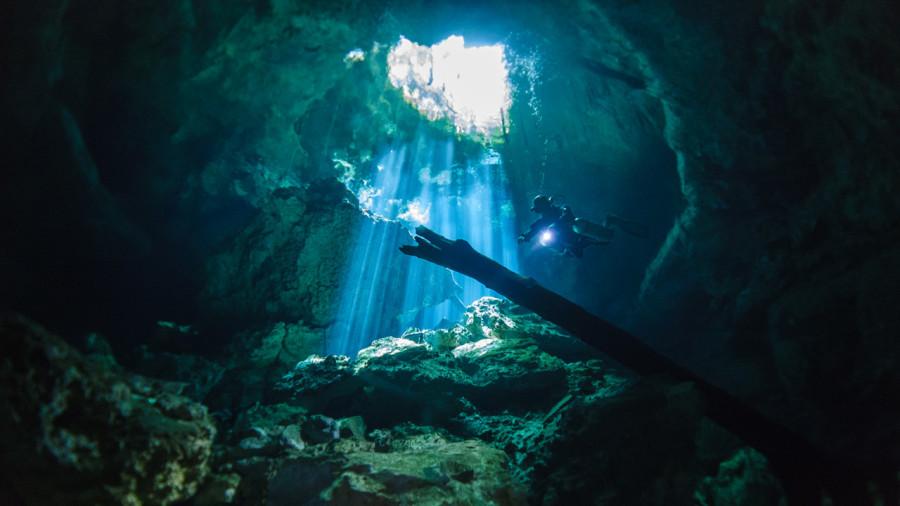 La plus grande grotte inondée au monde découverte près de Tulum