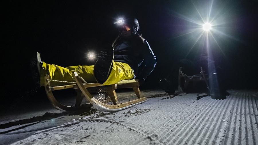 De la luge nocturne au Massif de Charlevoix
