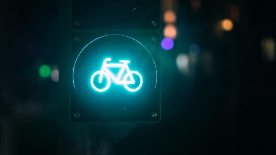 3 équipements lumineux pour le vélo… approuvés par la police !