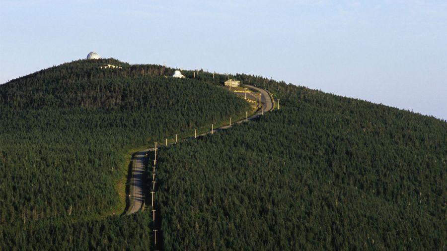 Grimper le mont Mégantic à vélo
