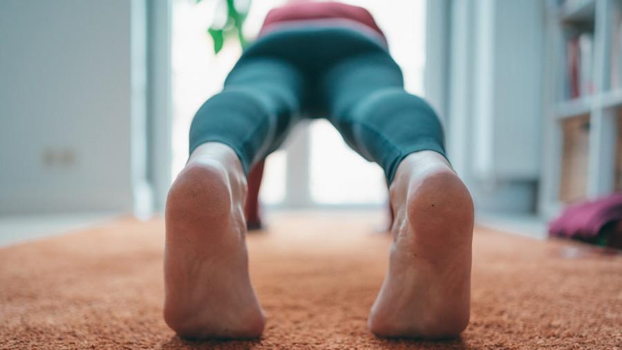 Comment s'entraîner et se muscler à la maison sans matériel ?