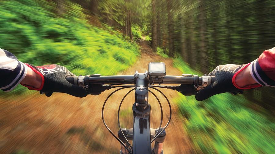 Guide d'achat : 12 suggestions de vélos de montagne électriques
