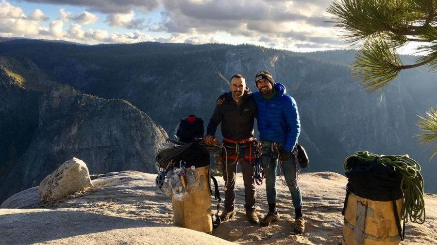 Un exploit vertigineux pour deux grimpeurs de Québec