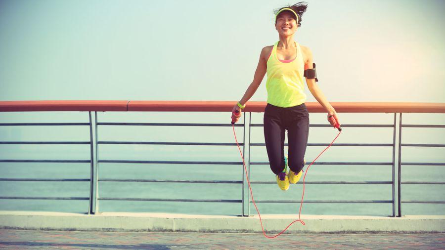 Corde à sauter : 7 conseils pour sauter tout l'été