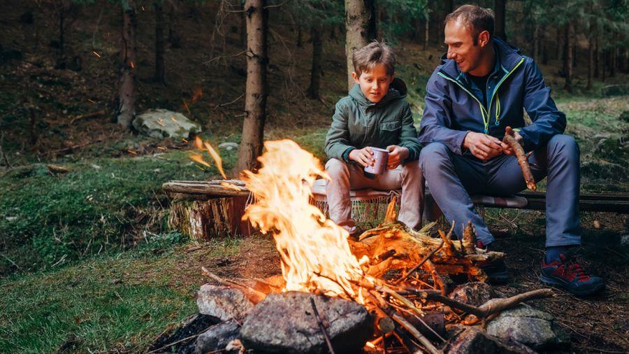 8 essentiels pour le camping en famille