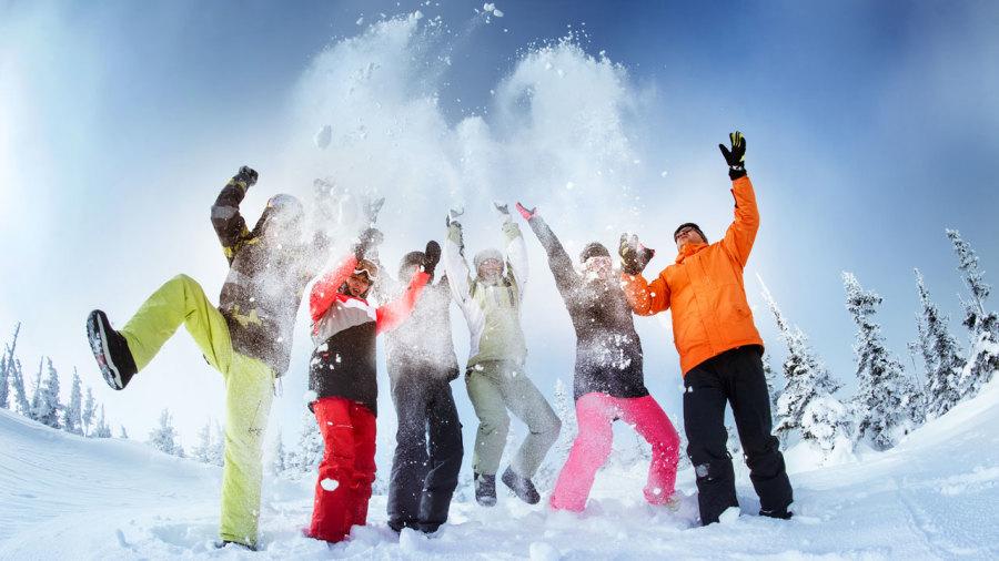 Navettes et covoiturage : les meilleures adresses pour un hiver actif