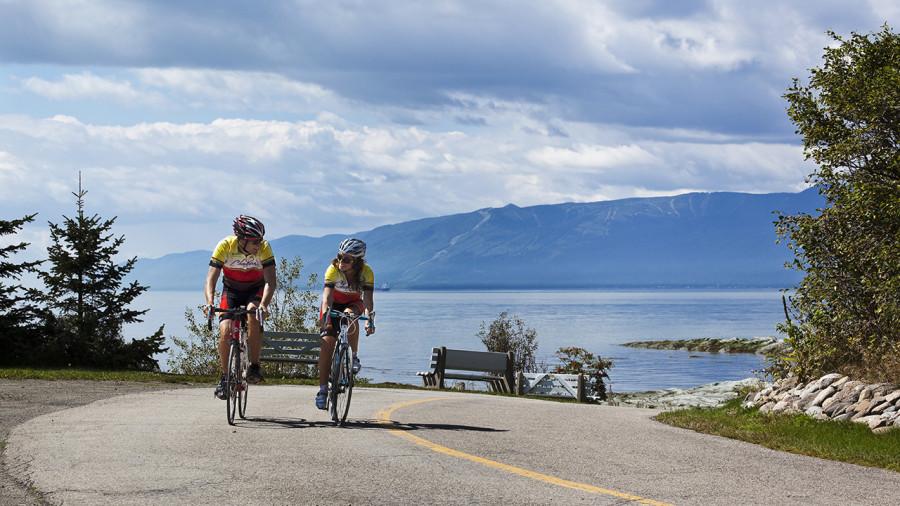 4 itinéraires pour combiner vélo et alcools locaux