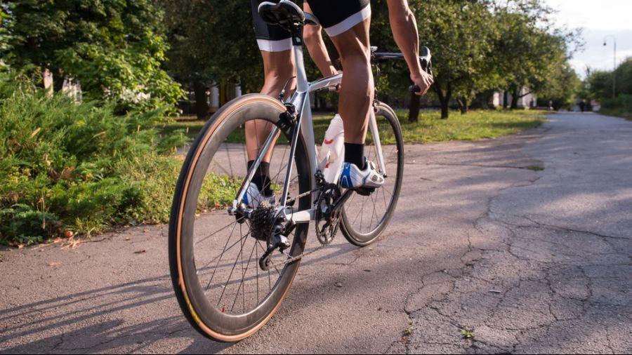 Vélo sur route à Saint-Hyacinthe