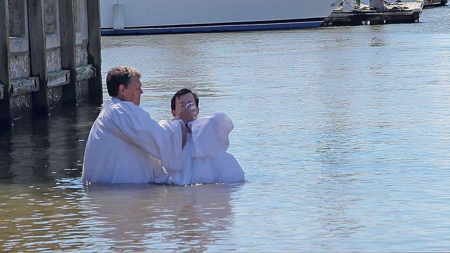 Baptême évangéliste pour des kayaks
