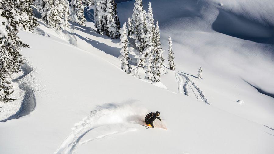 Ski dans l'Ouest : par télésiège, sur peaux ou en hélico ?