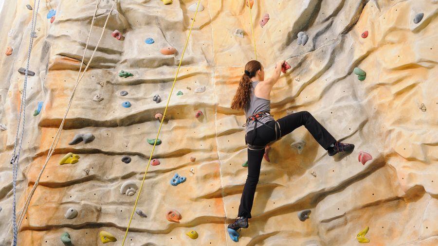 L'escalade comme sport d'entraînement : grimper pour la forme