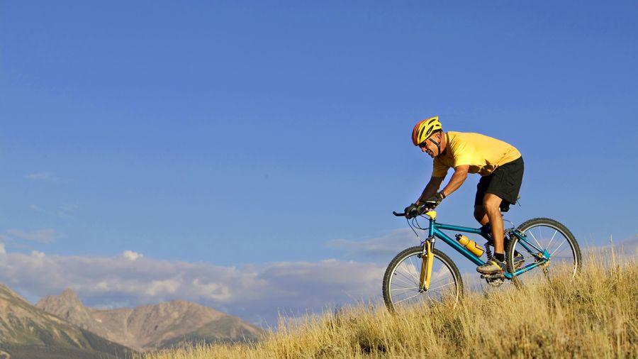 Pour ou contre : la vente de vélos par MEC ?
