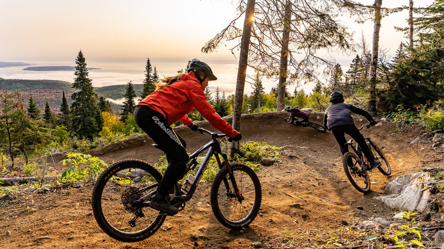 Vélo de montagne, rando… Le Massif de Charlevoix devient 4 saisons