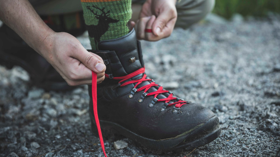 Bottes de randonnée : le b.a.-ba de l'achat, de l'entretien et du laçage