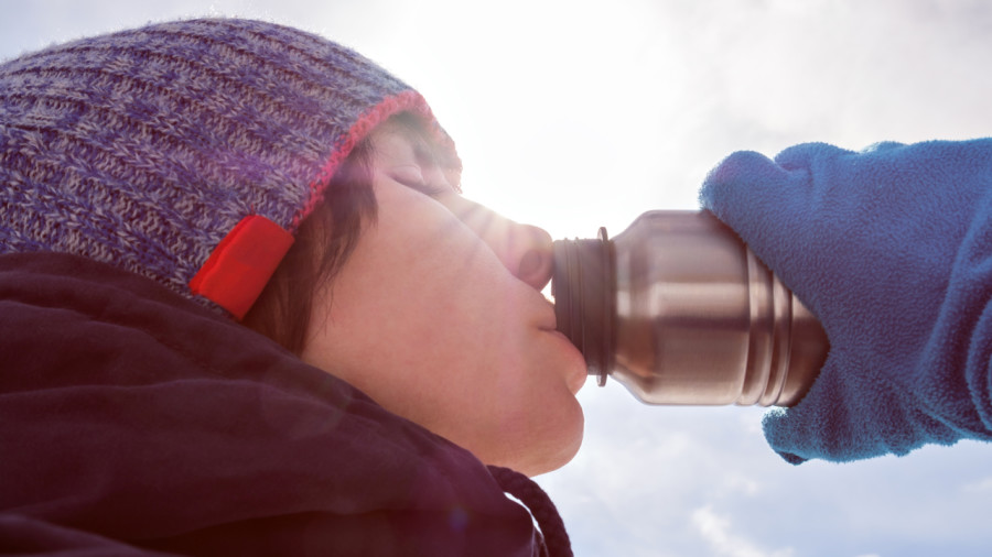 S'hydrater en hiver : bouteille ou sac d'hydratation?