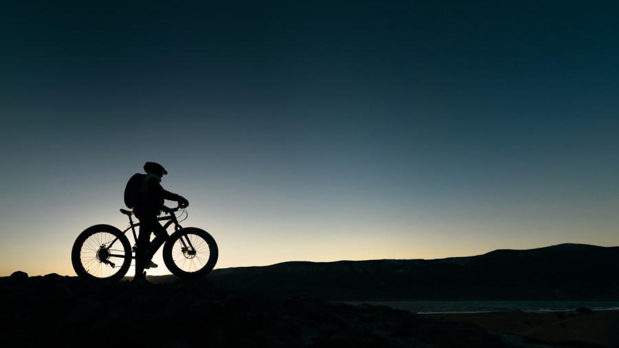Fatbike de nuit : rouler sous les étoiles