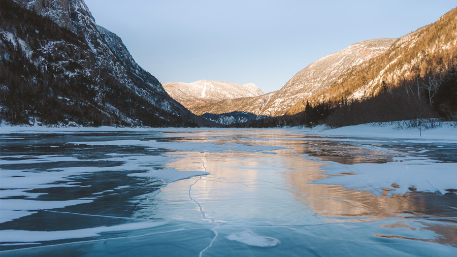 10 lacs et rivières du Québec où patiner en hiver