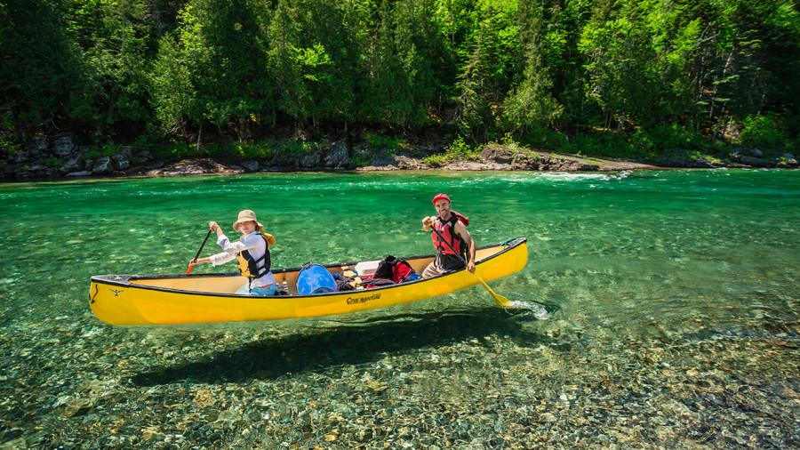 7  descentes de rivière tranquilles à faire en canot