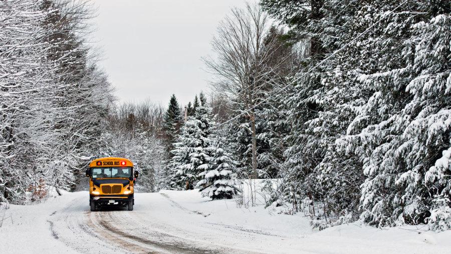 7 parcs nationaux du Québec accessibles en navette cet hiver