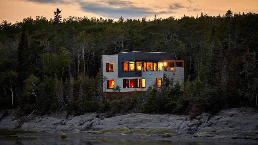 Dormir entre nature et modernité sur l'île aux Lièvres