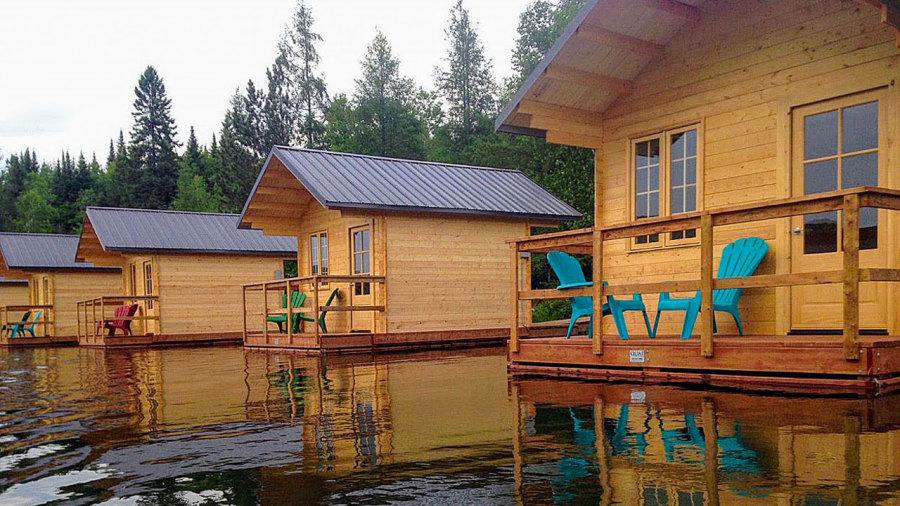Laurentides : Des cabines qui flottent et du surf en forêt