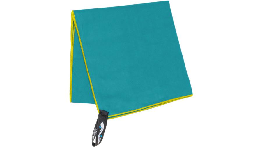 La serviette de camping, plus polyvalente qu'on le pense